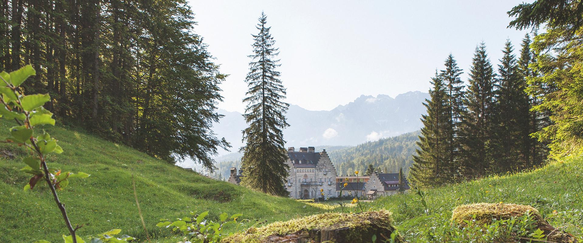 Haupthaus mitten in der Natur