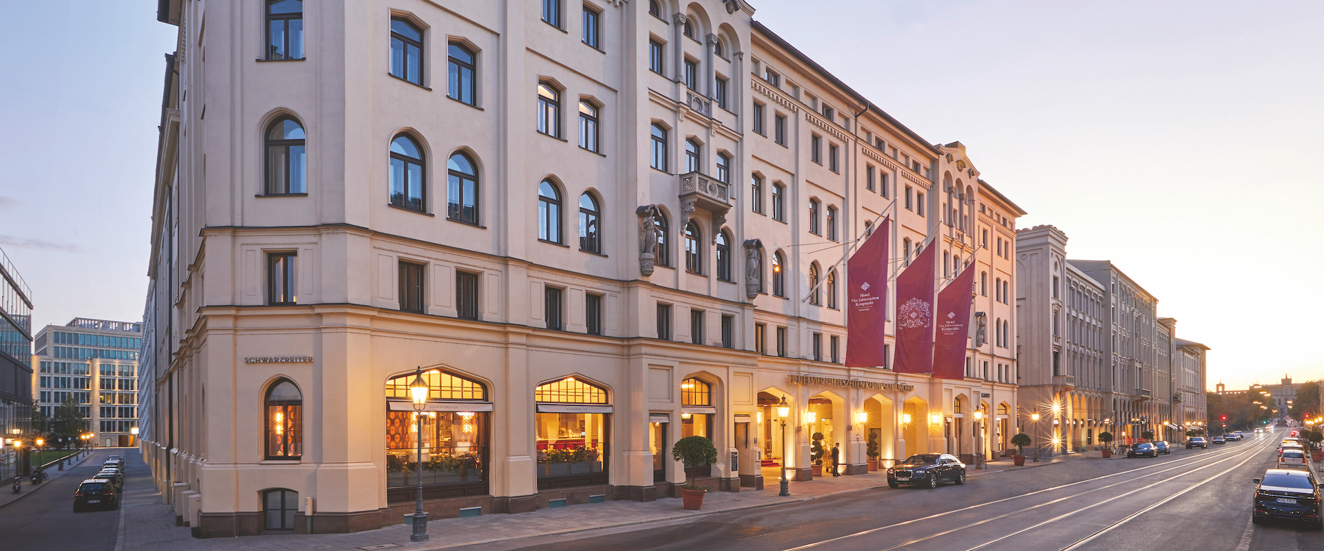 Hotel Vier Jahreszeiten Kempinski Munich Exterior.jpg